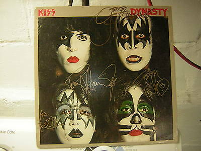 Kiss Signed Lp Dynasty Ace Frehley Peter Criss X4