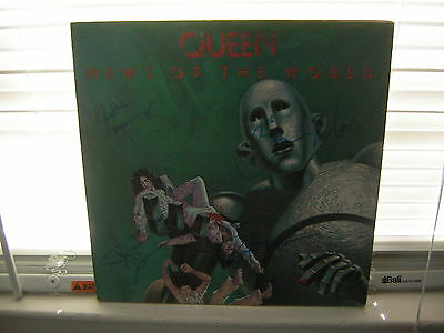 Queen Signed Lp News Of The World X4 Freddie Mercury Brian May