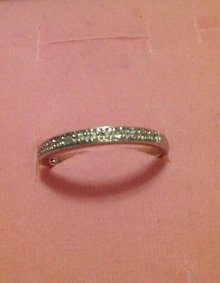 14k white gold half eternity band ring with diamonds chips size 7