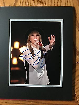 Taylor Swift signed autographed 8x10 photo! Matted to fit 11x14 frame COA!!