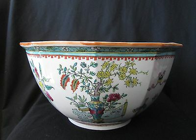 LARGE Antique 19th Century FAMILLE ROSE English Worcester Porcelain PUNCH BOWL