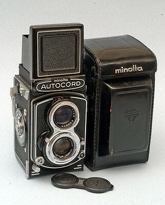 Very nice Minolta Autocord, working, with case and cap.
