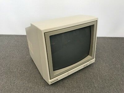 VINTAGE 1986 Commodore Computer Monitor C64 1902A