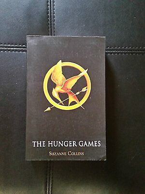Hunger Games  (Set of 3 Books) by Suzanne Collins (Paperback, 2012)