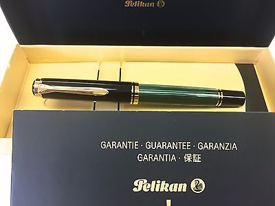 Pelikan M800 Green stripe  NEW with paper Box and guarantee from Japan