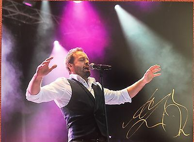 alfie boe superb signed 16 x 12 live photo