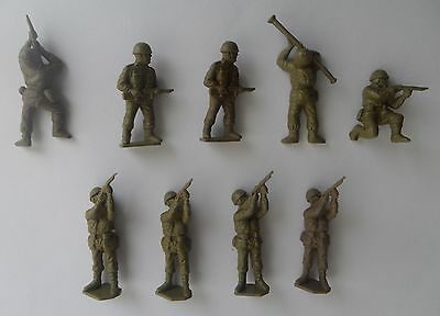 Airfix 1st issue paratroops x 9 - 1/32 scale - Plastic -VG condition