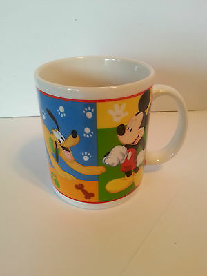 Disney 2005 Ceramic Coffee Mug Pluto Mickey Donald Goofy