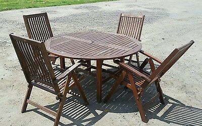 Large Circular Garden Dining Table with 4 Recliner Chairs