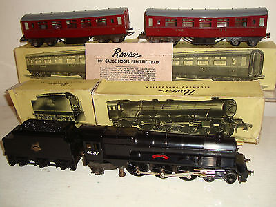 Rovex (Triang) - Princess Elizabeth/tender/2 coaches -Mk.I chassis/plunger c1951