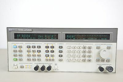 Hewlett Packard HP 8643A Synthesized Signal Generator 0.26-1030 Hz (14895) (F)