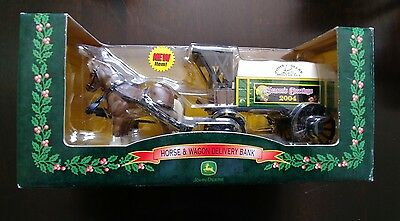 John Deere Horse & Wagon Delivery Bank 2004 Christmas New in Box by RC2