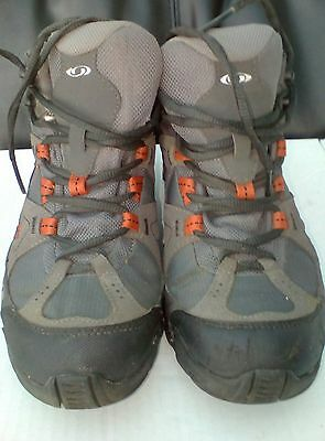 Ladies Salomon Gortex walking boots size 6.5
