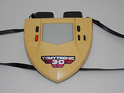 VINTAGE TOMYTRONIC 3-D Thundering Turbo Electronic Game   (WORKING PERFECTLY)