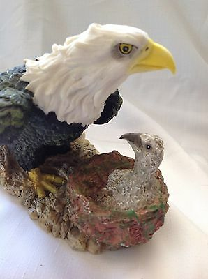 Eagle and eaglet Resin figurine