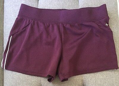 Women's Athletic Works Burgundy Shorts Size Medium (8/10)