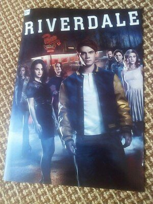 Riverdale Photobook 20 pages Archie Betty Veronica Jughead