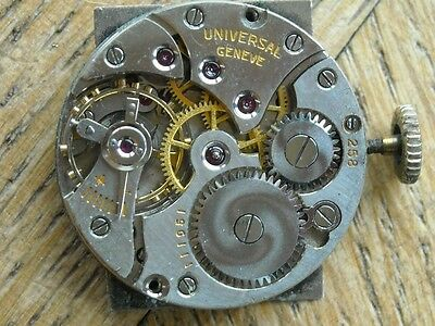 UNIVERSAL GENEVE movement  Cal. 258 for parts.