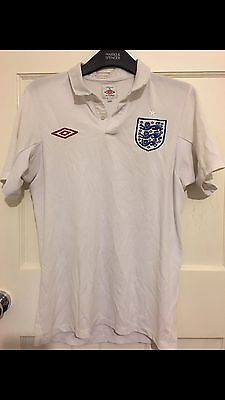 Men's Size 36 White Umbro England Football Shirt