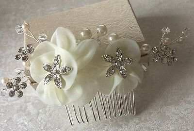 Diamanté Pearl Ivory Fabric Flowers Wedding Bridal Hair Comb Accessories