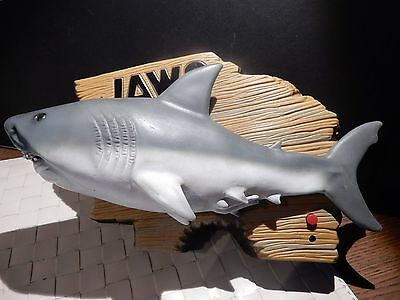 """Jaws Singing Motion Activated Great White Shark Gemmy 2000 - Tested Works 12"""""""