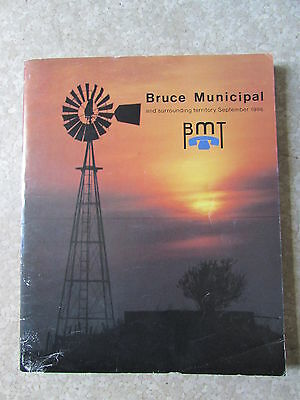 Vintage Owen Sound Bruce Municipal Telephone Company Phone Book 1986