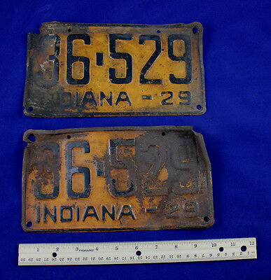 TWO VINTAGE 1929 MATCHING PAIR INDIANA LICENSE PLATES Ford Chevy Dodge Auto Indy