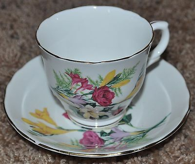 Vintage Crown Staffordshire Fine Bone China Tea Cup and Saucer, Roses and flower