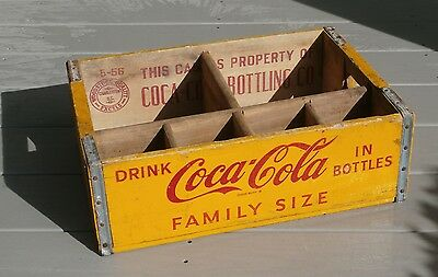 Vintage 1956 COCA-COLA wooden carrying case WOODSTOCK QUALITY, CHARLESTON, S.C.