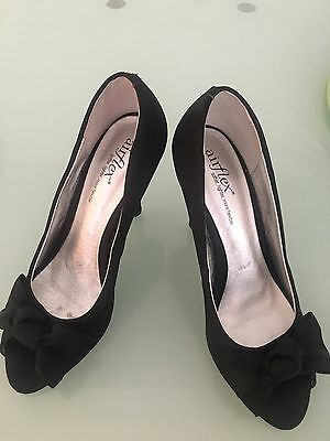 Air flex Size 8 Ladies  Heels ( 39 Euro)