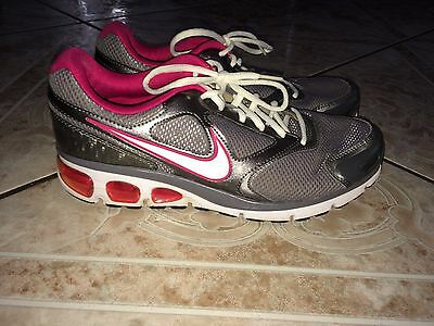 Women's Nike Air Max Running Athletic Fitness Shoes Size 10 Pink Gray