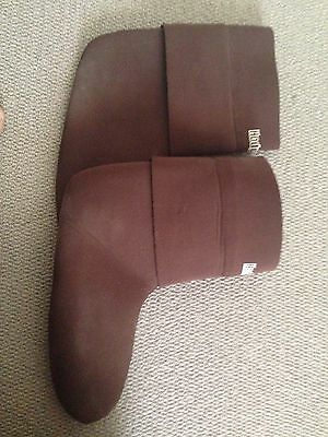 Hodgman Wading Socks with gravel guards. Size XL  Good Condition