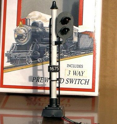 Railway Signals with Working lights -2 LIGHTS RED & GREEN -HO Model Trains