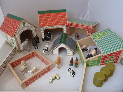 ELC WOODEN FARM YARD PLAY SET WITH BUILDINGS and SCHLEICH ANIMALS