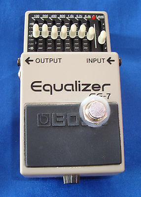 Boss GE7 EQ Pedal, mod mit Hard Bypass Switch, IC1-3 OPA2134, alle Cs MKT Folie!
