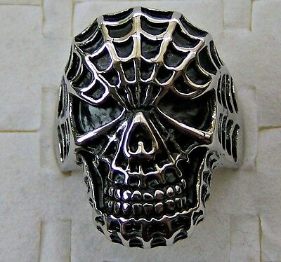 Webbed ~ Scull  ~ Size:7  ~ Stainless_Steel  ~ Ring -- (Great_Gift)