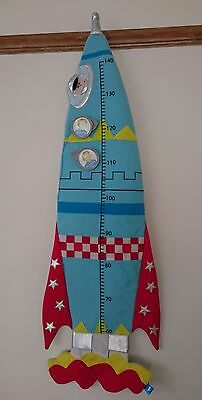 Rocket hanging height chart space theme