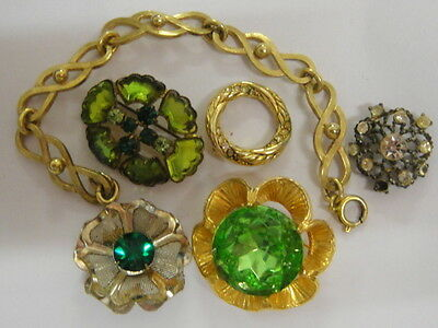 6 Pieces Costume Jewellery -5 Brooches and1 Bracelet