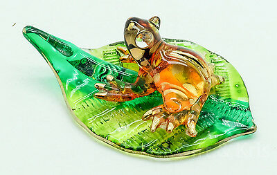 Figurine Animal Hand Blown Glass Frog on Leaf Gold Trim - GNFR013