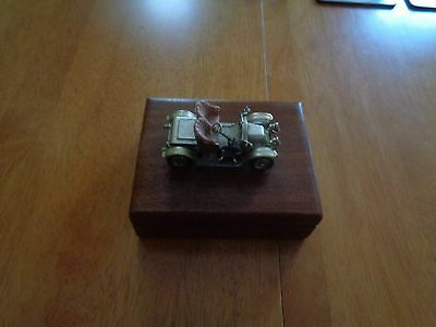 1960s Wooden box with Lesney Models of Yesteryear vintage car