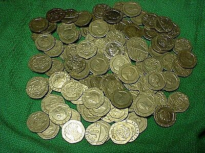 Lot of 100 Assorted Queen Elizabeth II 7 Sided 20 Pence Coins