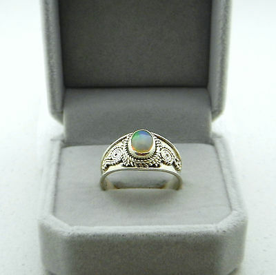 Ethiopian Milky Opal Sterling Silver 925 Handcrafted Ring Aus Q - Us 8. 4.06G.
