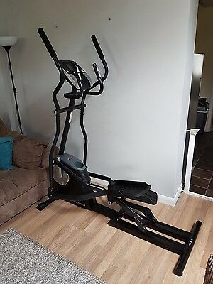 Proform 475 Elliptical Cross Trainer