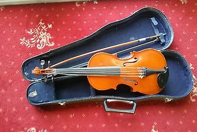 vintage  violin and case