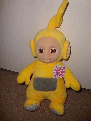 "Cbeebies Teletubbies Yellow "" Laa-Laa "" Tickle Me Talking Plush Toy 14"" Tall Exc"