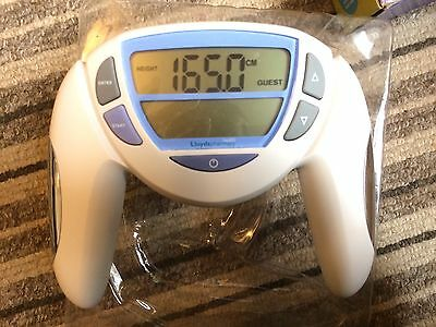 Loyds Hand Held Body Composition Monitor