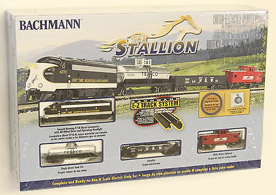 NEW  Bachmann THE Stallion Norfolk Southern N Scale Electric Train Set 24025