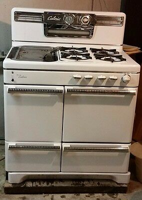 Vintage 1950's Ultramatic Caloric Gas Stove/Heater