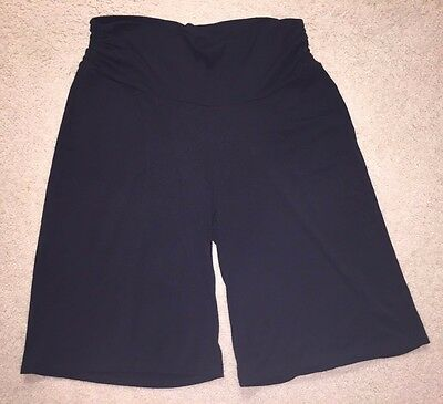 Old Navy Gaucho style shorts, maternity, knee length, black with pockets, large