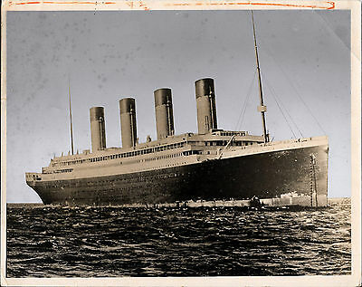 RARE ORIGINAL 8x10 UNDERWOOD HANDCOLORED PHOTOGRAPH OF THE RMS OLYMPIC LINER